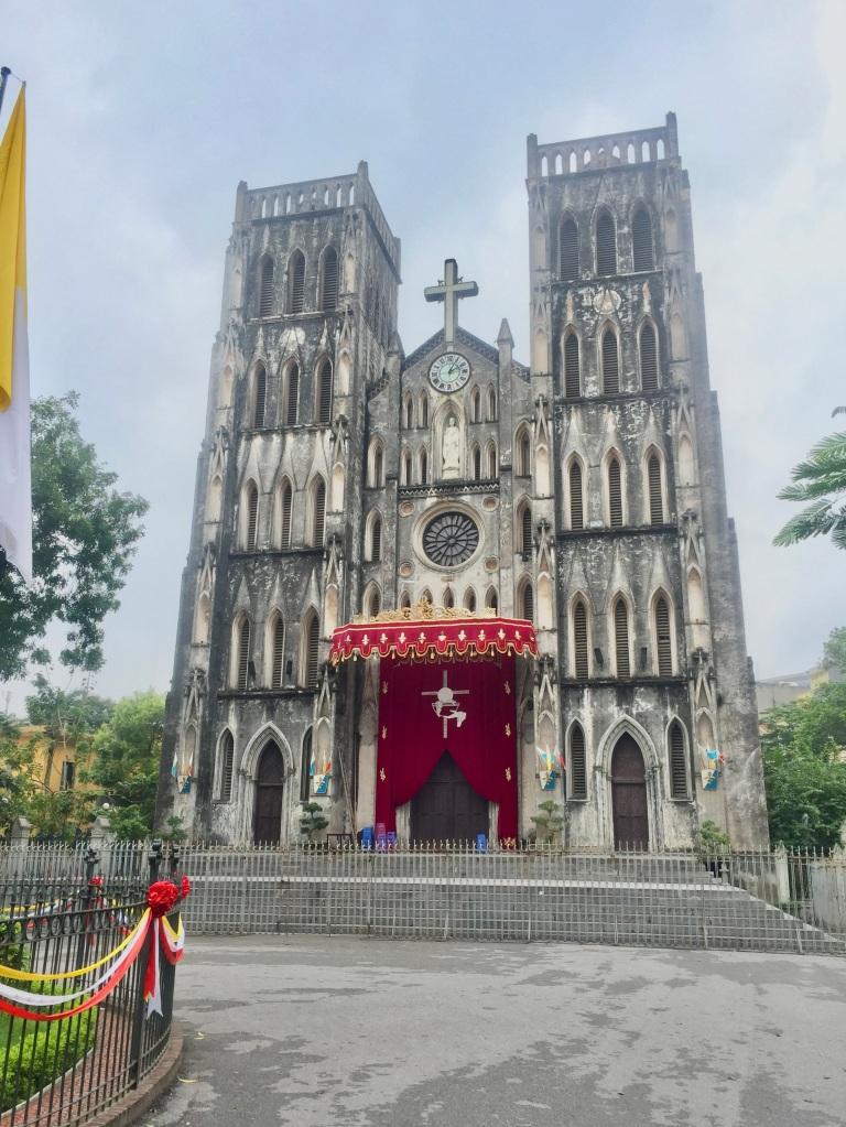 hanoi st. josephs cathedral old quarter